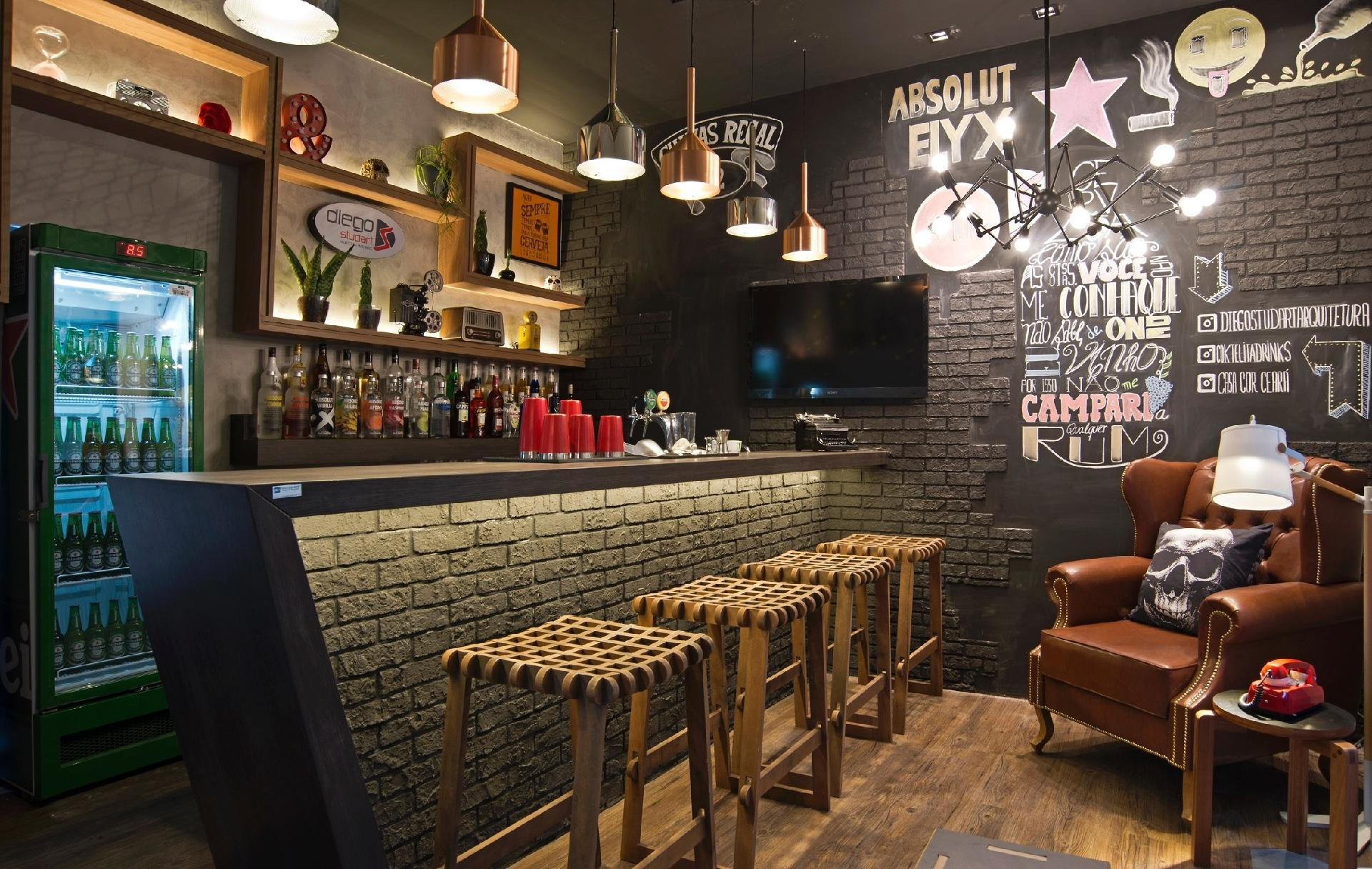 Fotos pub irland s com toque brasileiro veja ideias para for Muebles para pub