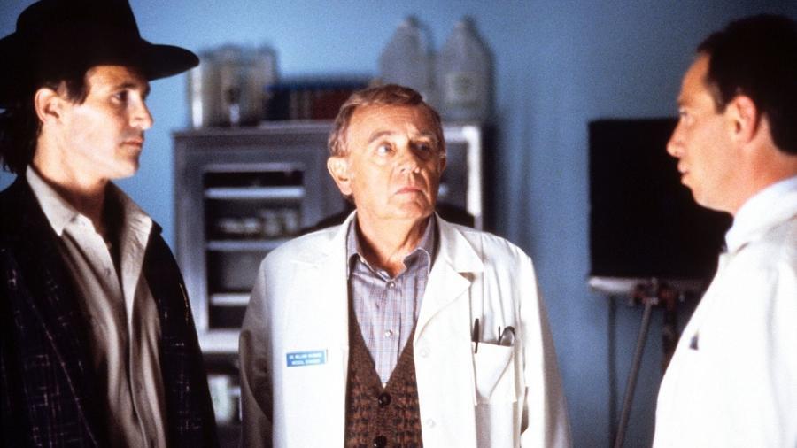 """Warren Frost interpretou o médico Hayward na lendária série """"Twin Peaks"""" - Divulgação"""