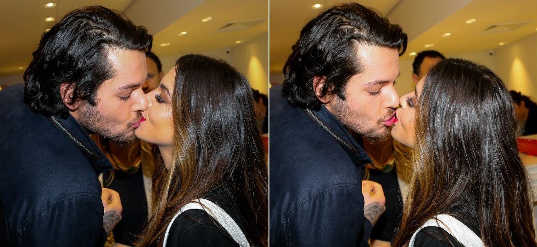 Giovanna Lancellotti beija muito namorado em São Paulo - Manuela Scarpa/Brazil News