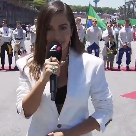 Anitta canta o hino no GP Brasil de F-1 - Reprodução