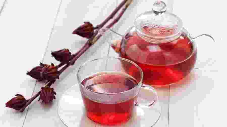 Chá de hibisco possui antioxidantes e propriedades interessantes para a saúde - iStock