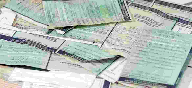 Licenciamento deve ser renovado todos os anos para a emissão do CRLV (Certificado de Registro de Licenciamento de Veículo), o documento de porte obrigatório - Denny Cesare/Codigo19/Folhapress