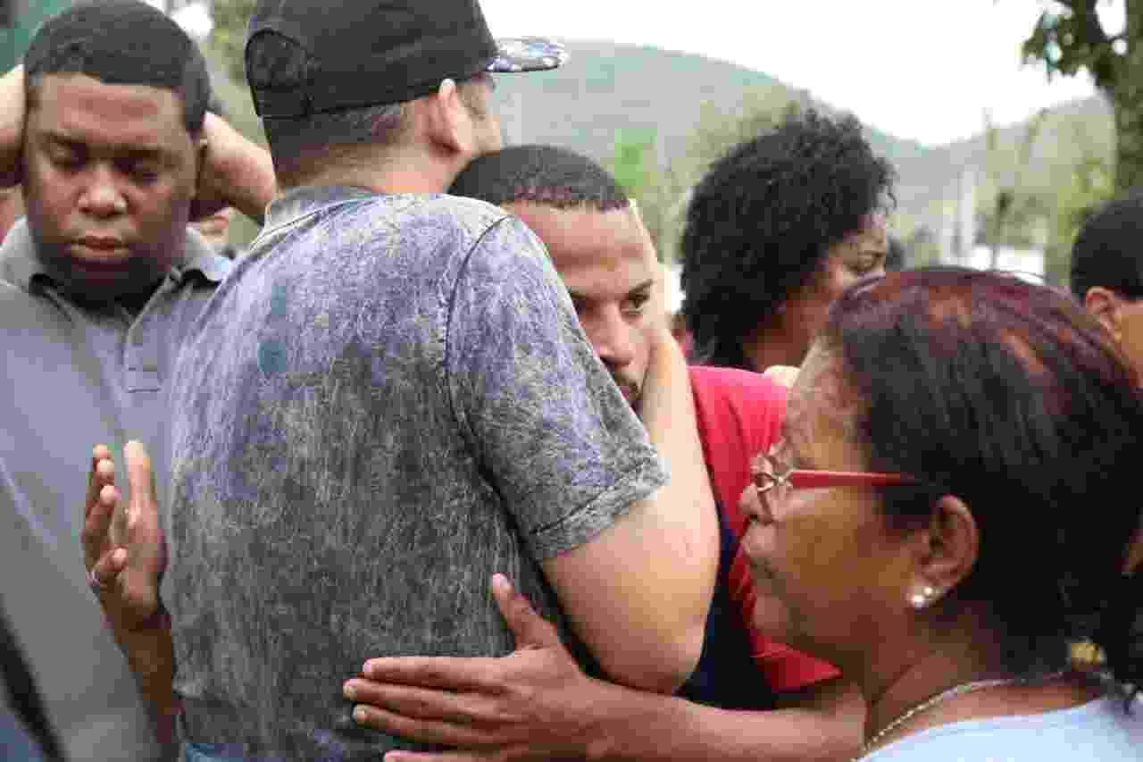 Emoção marca o enterro de Mr. Catra no Rio de Janeiro - Daniel Pinheiro/AgNews