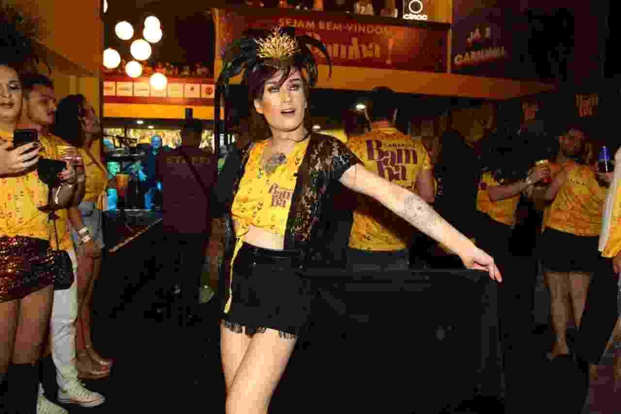 O ex-BBB Serginho Orgastic curte o primeiro dia de desfiles do Carnaval de São Paulo no Camarote Bamba - Marcos Ribas/Brazil News