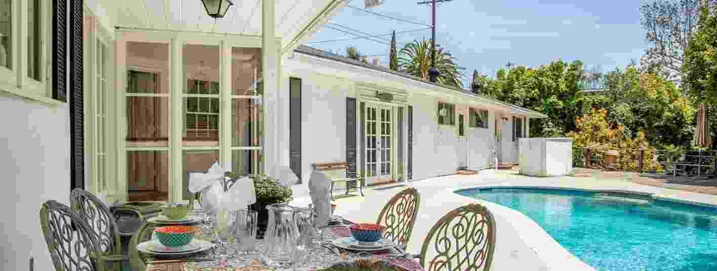 Priscilla Presley coloca casa da família à venda por R$ 13,8 mi - Jonah Wilson/Divulgação