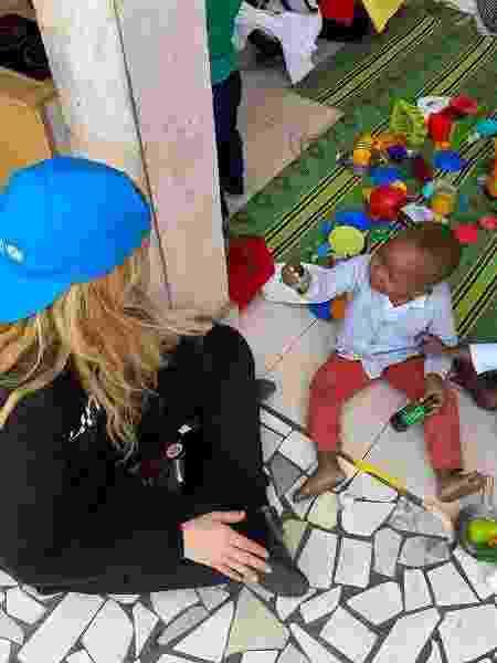 Gigi Hadid em missão humanitária na África - REPRODUÇÃO/INSTAGRAM