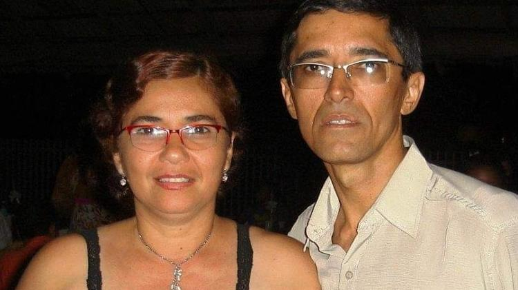 Adílio e Gláucia antes do AVC da mulher, em 2007 - Arquivo pessoal