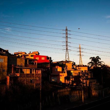 Periferia de São Paulo: desigualdade de renda e moradia se reflete nos dados da desigualdade racial do país - Léo Ramos Chaves