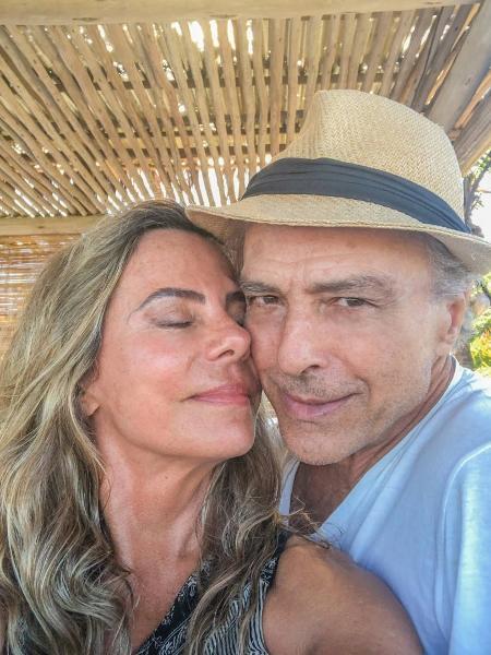 Bruna Lombardi compartilha clique antigo ao lado do marido - Reprodução/Instagram