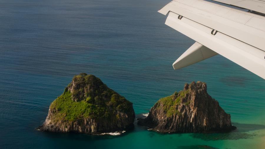 Fernando de Noronha - avião - dois irmãos - Getty Images