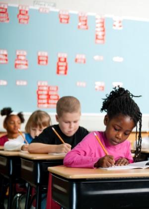 Pais devem incentivar a criança a se movimentar - Getty Images