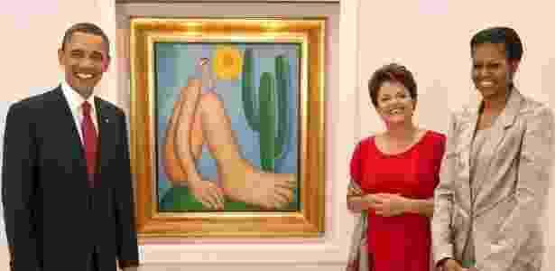 Obama, Dilma Rousseff, Michelle Obama posam com obra de Tarsila em 2011 - Roberto Stuckert Filho/Presidência - Roberto Stuckert Filho/Presidência