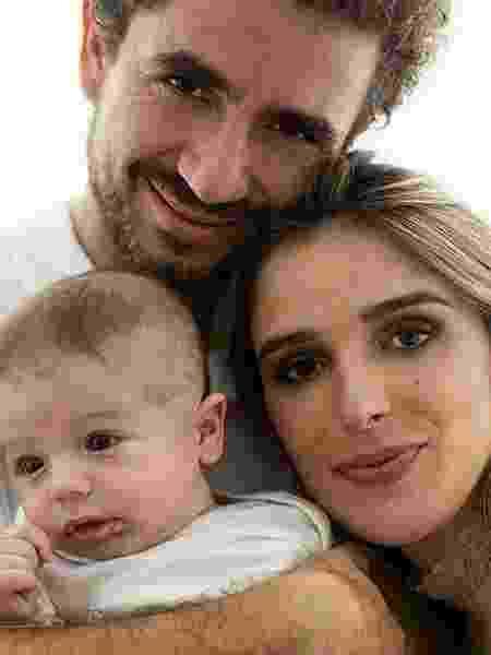 Rafa Brites e Felipe Andreoli estão juntos há 6 anos e são pais do Rocco - Reprodução/Instagram