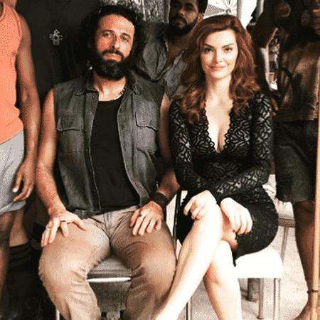 César Ferrario (o Rato) e Mayana Neiva (a Leandra) - Reprodução/Instagram