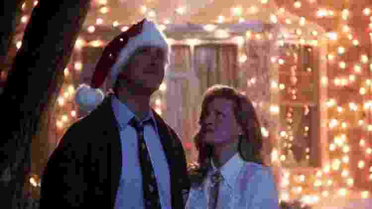 """Chevy Chase e Beverly D'Angelo em cena de """"Férias Frustradas de Natal"""" (1989) - Divulgação - Divulgação"""