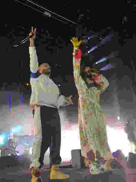 Projota participa do show do Thirty Seconds to Mars em São Paulo - Iwi Onodera/Brazil News