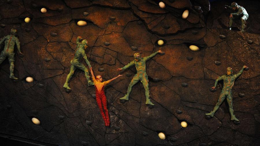 """Imagem do espetáculo """"Ovo"""", do Cirque du Soleil - Romeo Gacad/AFP Photo"""