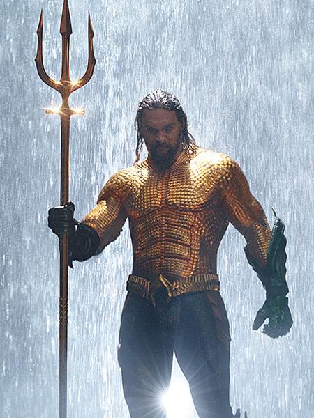 Jason Momoa, o Aquaman da DC - Reprodução/Montagem