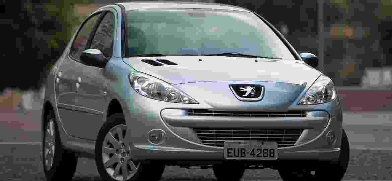 Peugeot 207 pode ser uma das boas opções atualmente. Leia e entenda - Divulgação