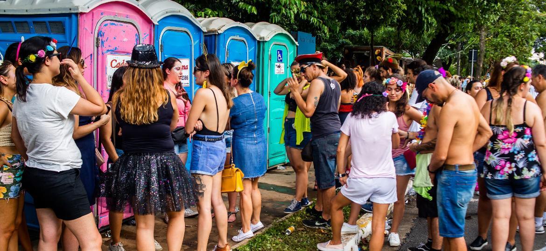 banheiro químico no carnaval