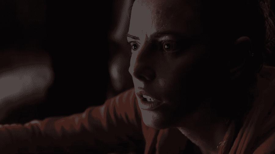 """Kaya Scodelario em cena de """"Crawl"""" - Reprodução/YouTube"""