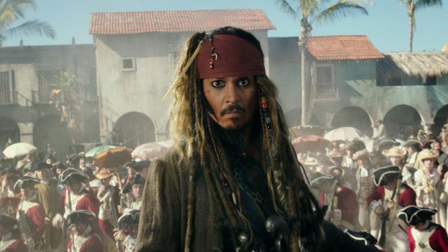 """Jack Sparrow em cena de """"Piratas do Caribe"""" - Reprodução"""