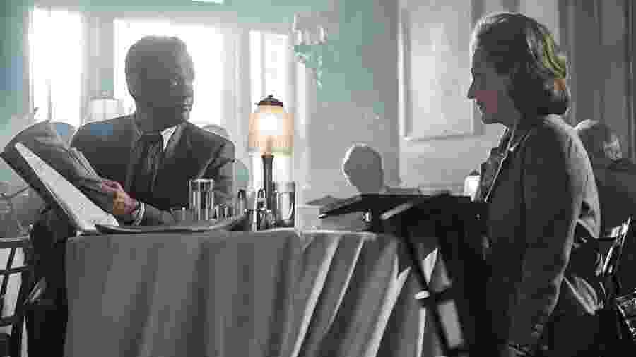 """Tom Hanks e Meryl Streep em cena de """"The Post: A Guerra Secreta"""", dirigido por Steven Spielberg - Reprodução"""