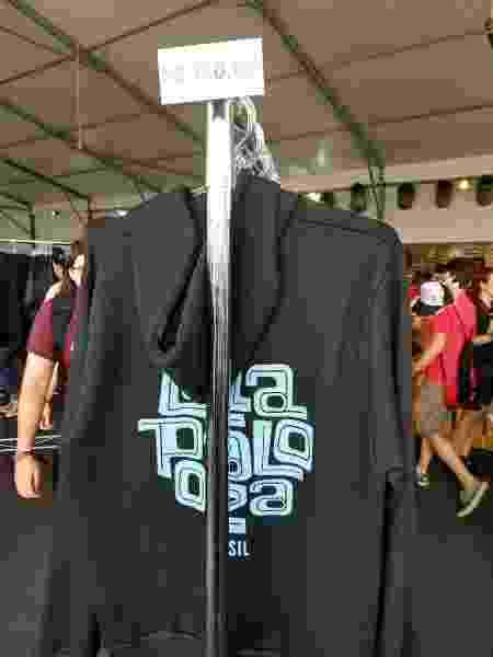 Moletom vendido no festival - Renata Nogueira/UOL - Renata Nogueira/UOL