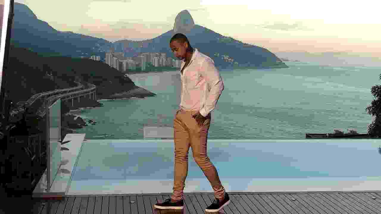 """Léo Santana grava videoclipe de """"10 Beijos de Rua"""" no Rio de Janeiro - Divulgação"""
