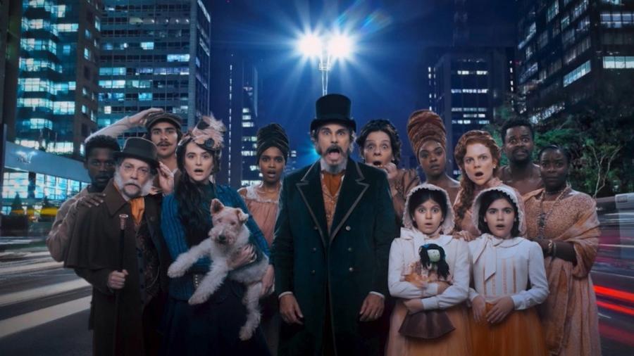 """Em """"O Tempo não Para"""", uma família com 13 membros é congelada em 1886, durante um cruzeiro na Patagônia - Divulgação/TV Globo"""