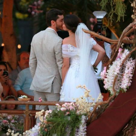 Klebber Toledo e Camila Queiroz se casam em Jericoacoara - Dilson Silva/Agnews