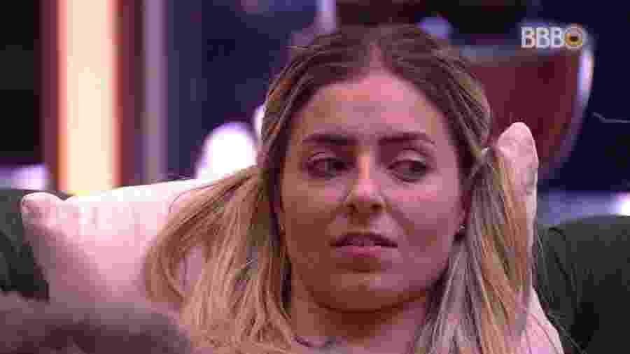 """Na conversa com Diego e  Hariany, Paula disse que tinha medo de Rodrigo por ele ter contato com """"esse negócio de Oxum"""" - Reprodução/GloboPlay"""