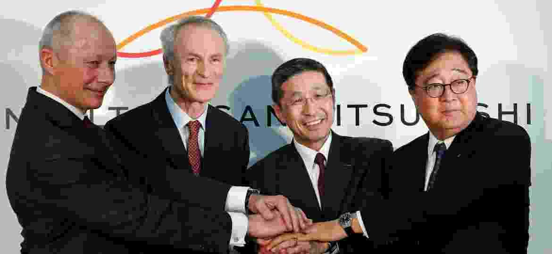 CEOs de Renault, Nissan e Mitsubishi reunidos: aliança parece estar em crise sem fim - Kim Kyung-Hoon/Reuters