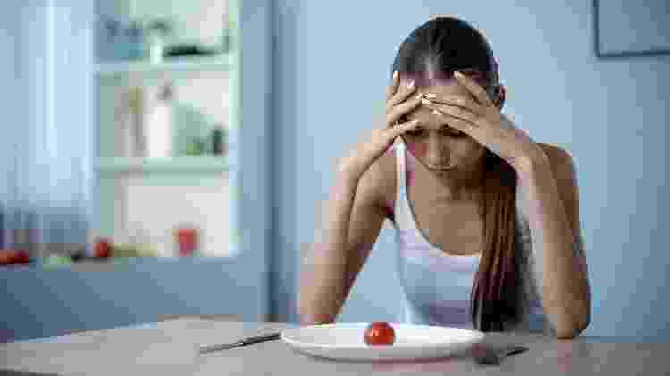 anemia, fraqueza, fadiga, falta de apetite - iStock - iStock