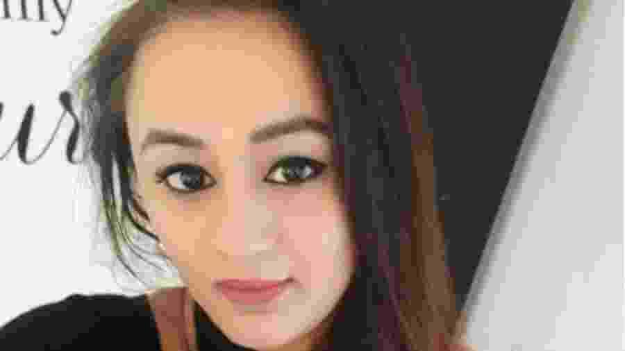 A britânica-paquistanesa Saj Dar diz que seus parentes mais íntimos começaram a evitá-la por causa do câncer - Saj Dar