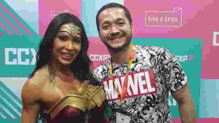 Gracyanne Barbosa em encontro com o fã Thiago Ito durante a CCXP 2019 - Arquivo pessoal