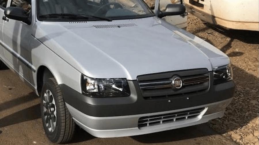 Empresário mantém Fiat Grazie Mille de número 230 com apenas 10 km no hodômetro e sem placas no interior de Santa Catarina - Arquivo pessoal