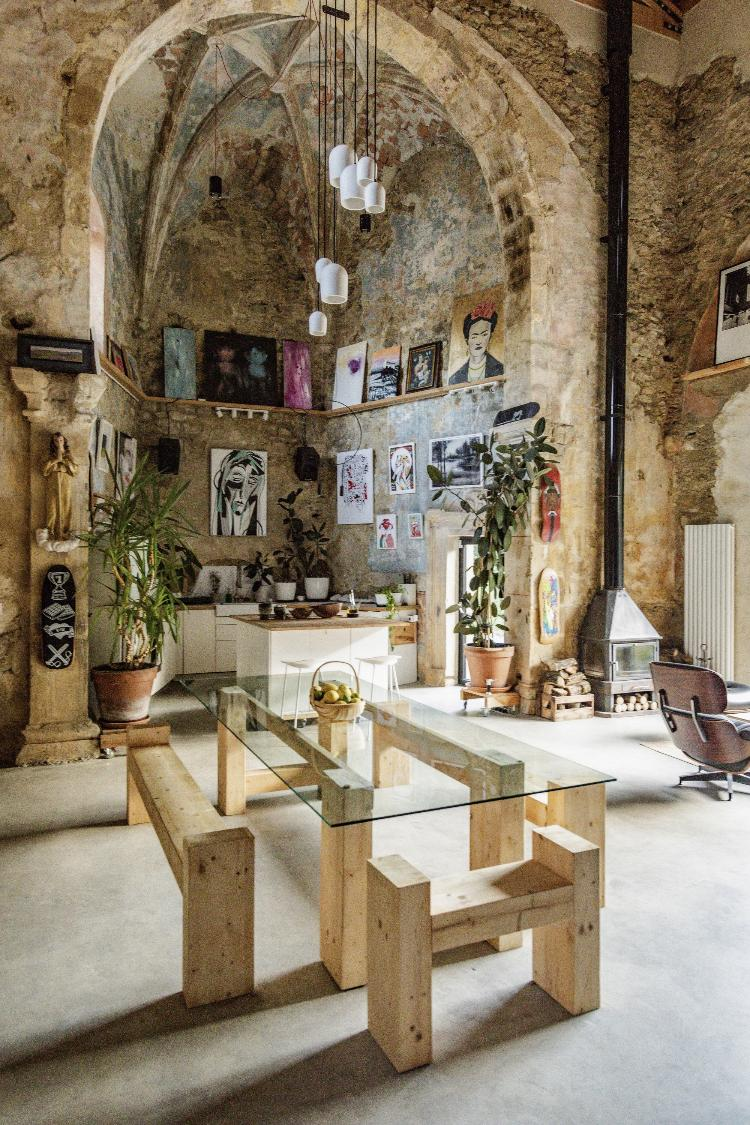 Interior de la casa de Das Kareka - Neria Moreno - Neria Moreno