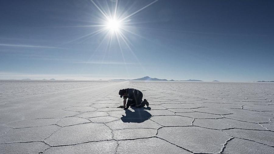 Conhecido de muitos brasileiros, o Salar de Uyuni na Bolívia é um local importante para o turismo na região. - Getty Images