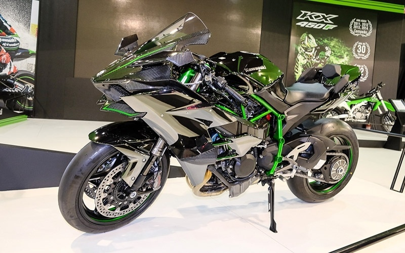 Kawasaki Ninja H2R no Salão Duas Rodas 2015