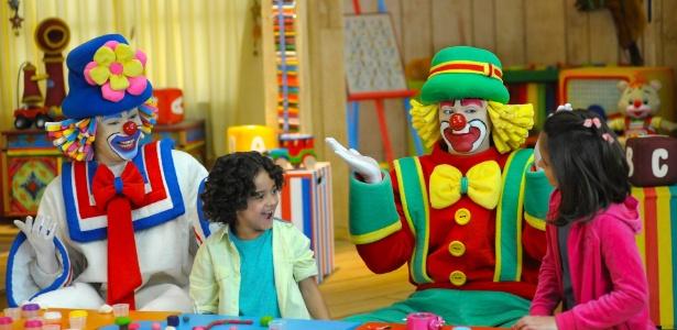 Patati e Patatá interagem com crianças em infantil que será exibido pelo SBT em 26 episódios - Divulgação/SBT