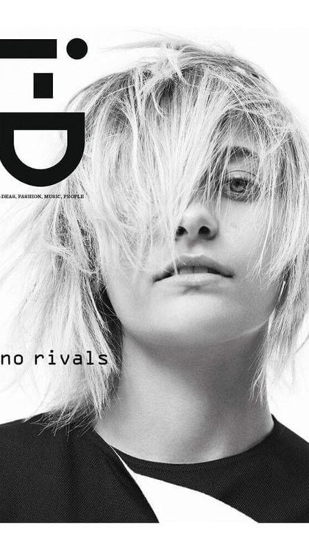 """Paris Jackson é capa da revista """"ID"""" - Reprodução/InstagramID/willyvanderperre"""