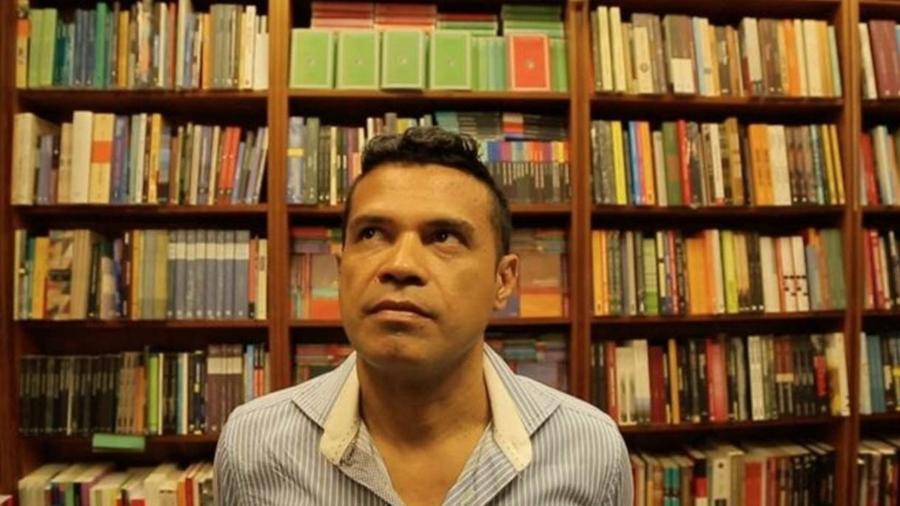 Laessio Rodrigues de Oliveira, ladrão de livros raros - Carlos Juliano Barros e Caio Cavechini/BBC Brasil