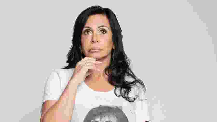 A rainha do rebolado e da internet vestindo sua própria linha de camisetas - Daryan Dornelles/Divulgação