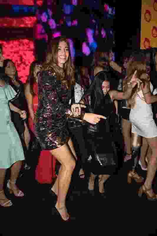 Grazi Massafera dançou com Simaria durante show de Pabllo Vittar em evento que aconteceu nesta quarta-feira  (7) no Boulevard Olímpico, Centro do Rio - Felipe Panfili /Divulgação