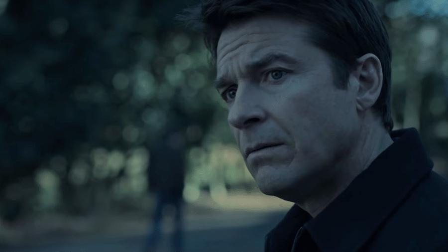 """O protagonista Jason Bateman na segunda temporada de """"Ozark"""" - Reprodução"""