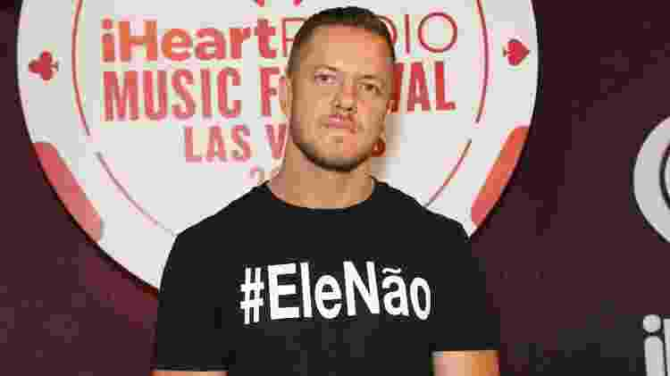 Dan Reynolds, vocalista do Imagine Dragons, adere à campanha #elenão contra Jair Bolsonaro - Gabe Ginsberg/Getty Images for iHeartMedia - Gabe Ginsberg/Getty Images for iHeartMedia