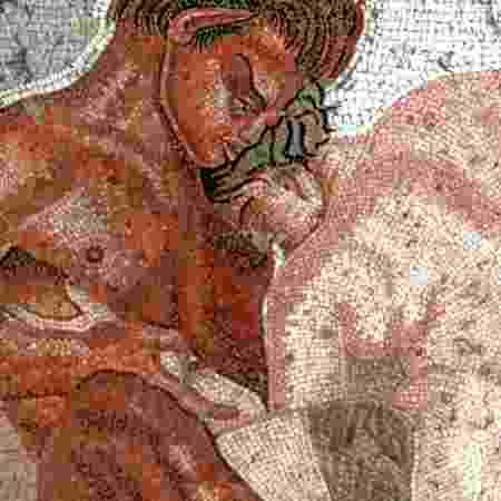 """Como pessoas de diferentes países lidam com a sexualidade? A série """"Amor e Sexo pelo Mundo"""" fala sobre as particularidades de seis países - Getty Images"""