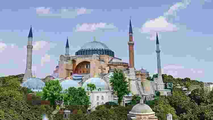 A 'Igreja da Santa Sabedoria' mais tarde se tornou uma mesquita, a primeira na Turquia  - Getty Images