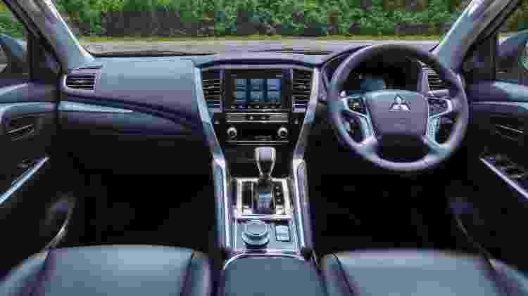 Interior ganhou conectividade e assistências de condução - Divulgação